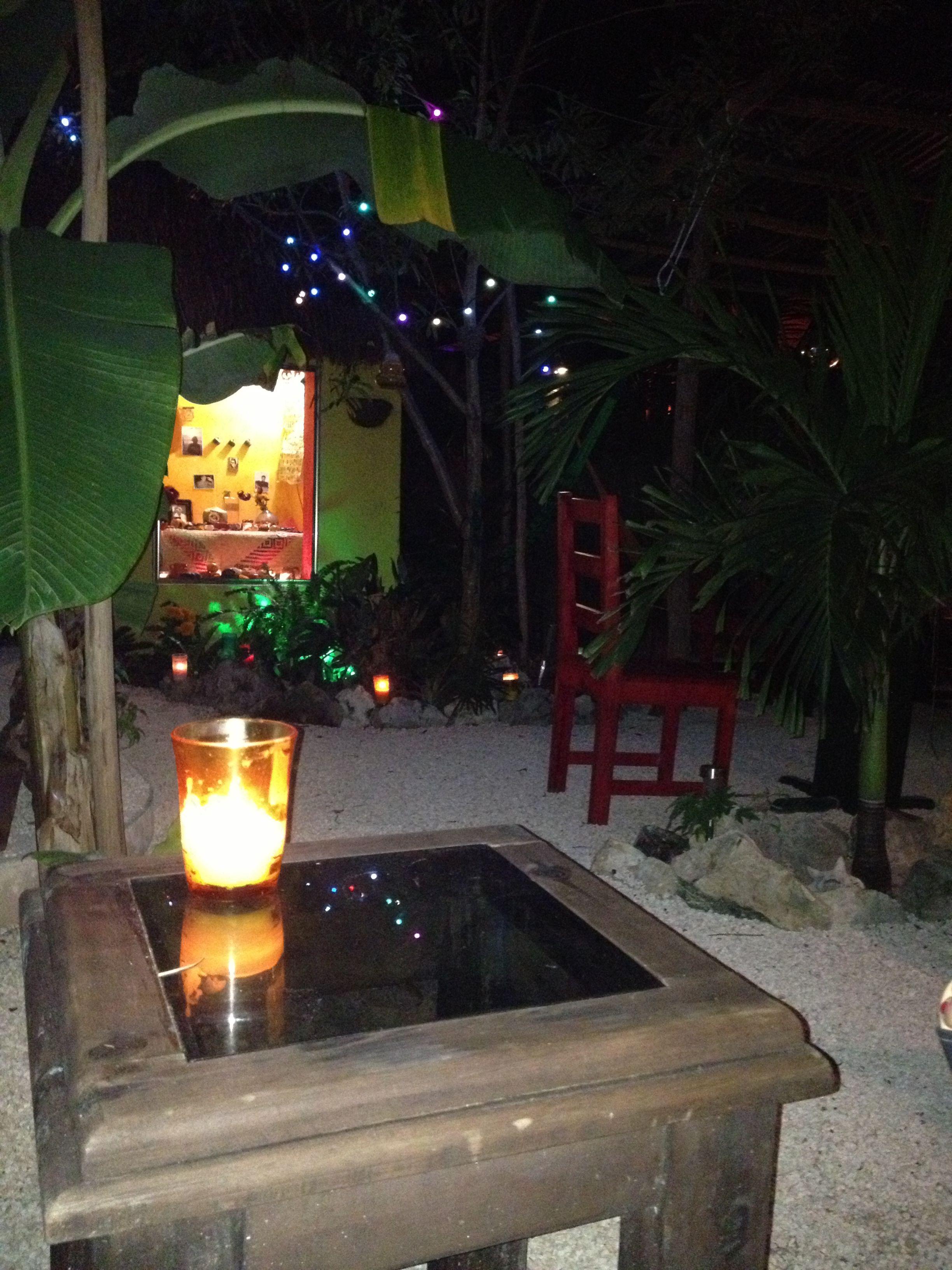 Velas en el jard n garden pinterest velas y jard n - Velas jardin ...