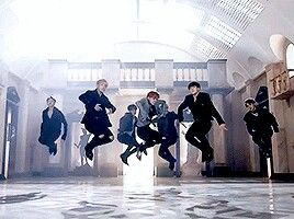 BTS (Blood sweat&tears)