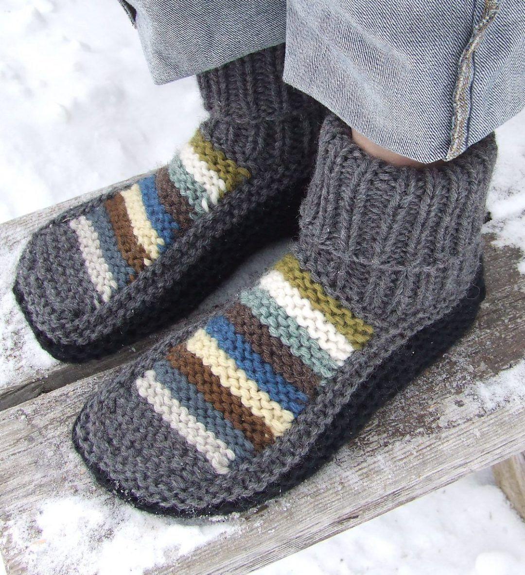 Free Knitting Pattern for Nola\'s Slippers | Knitting | Pinterest ...