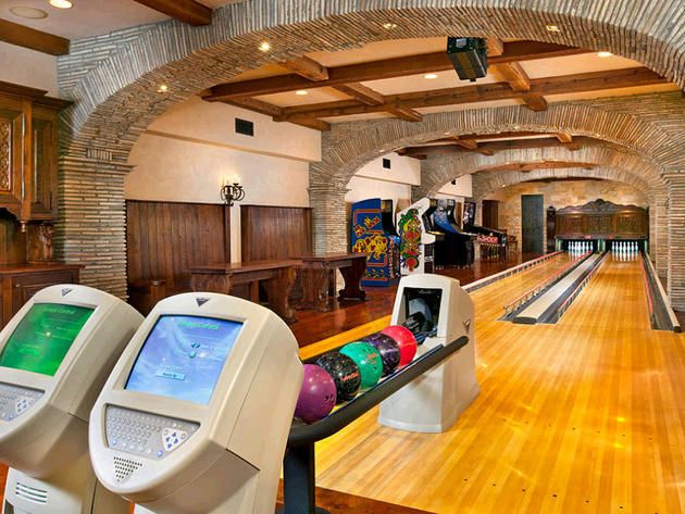 Elegant in home bowling alley rancho santa fe calif for Cool home game rooms