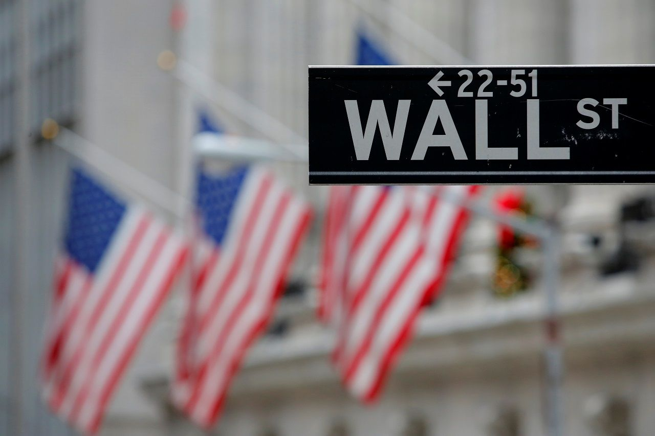 Stock Futures Rise On Bank Earnings Wall Street Stock Market
