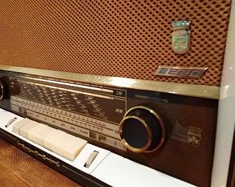 Vintage Radio 1961 Grundig 2220 Fantastic Condition With Bluetooth Conversion 2 X 5 Speakers Tweeters Edit Listing Etsy Vintage Radio Radio Tweeter