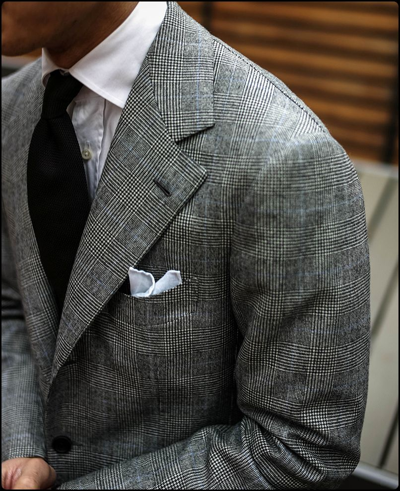 Glen check suit with a blue overcheck style costume homme