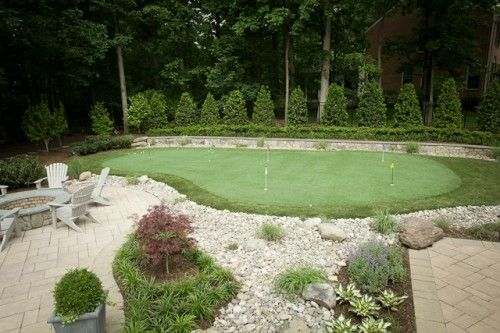 Backyard Putting Green: That should lower my handicap!
