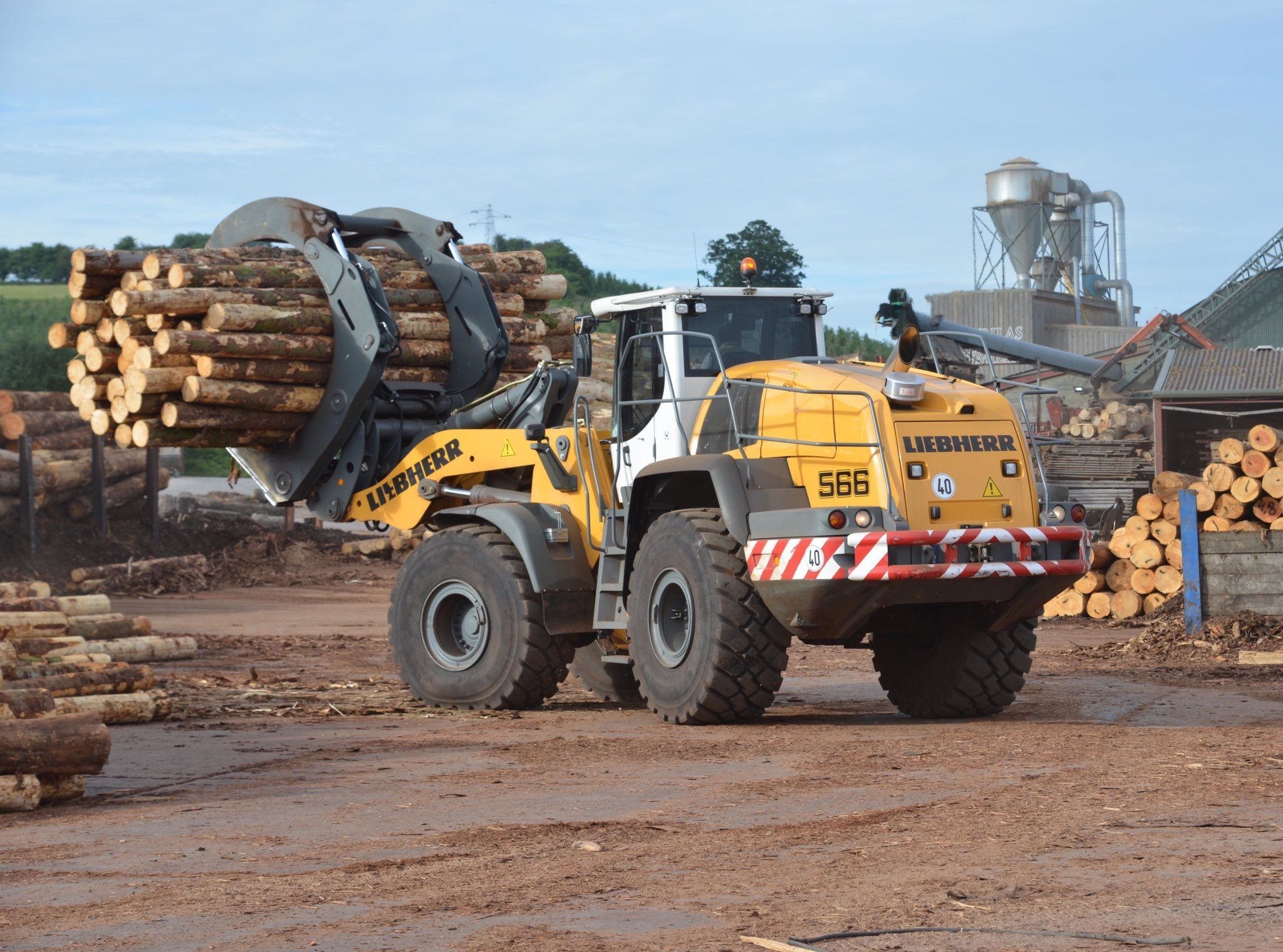 Pin by M EQUIPMENT on Forestry machines