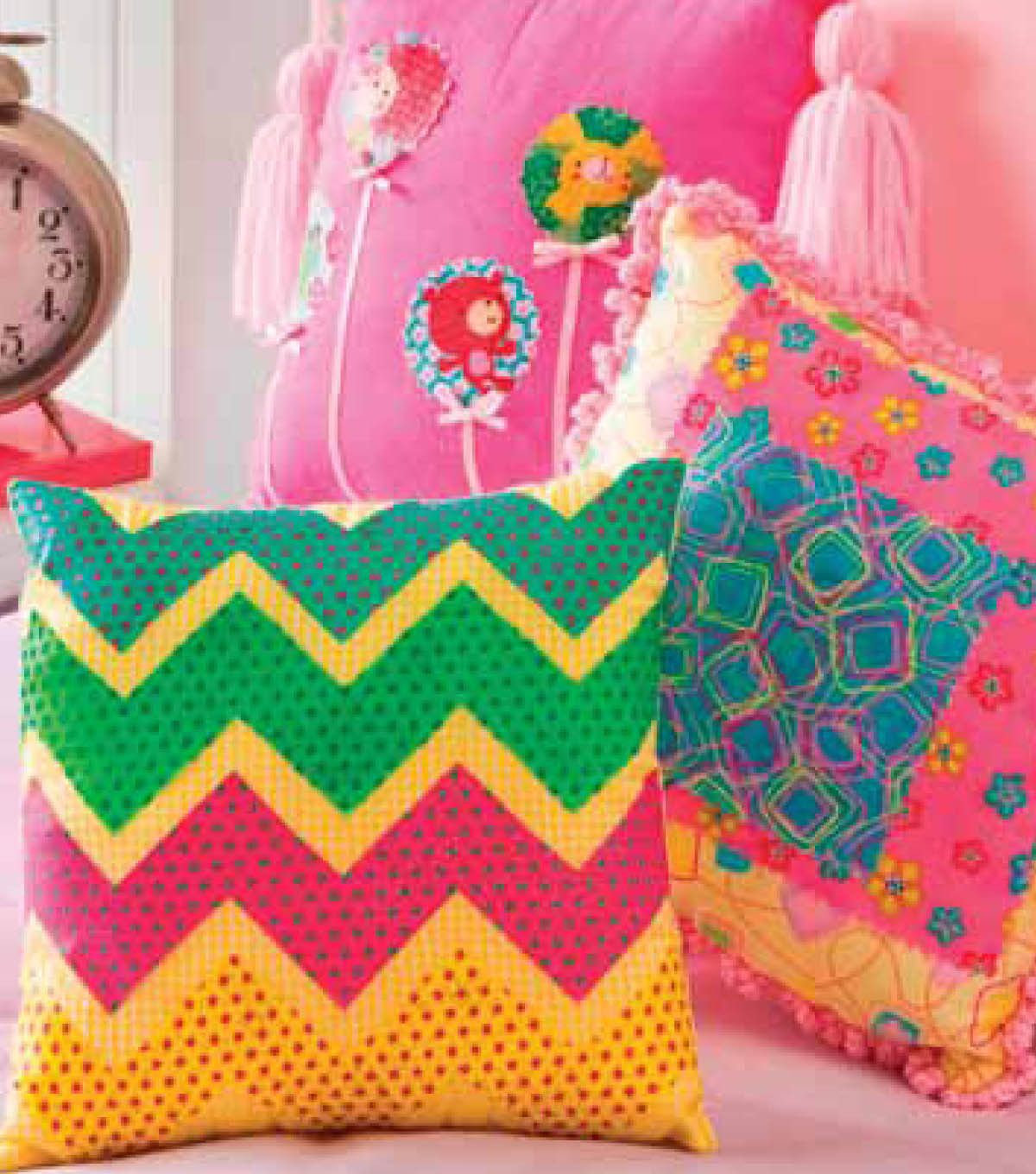 Brighten up your room with these fun #applique pillows!