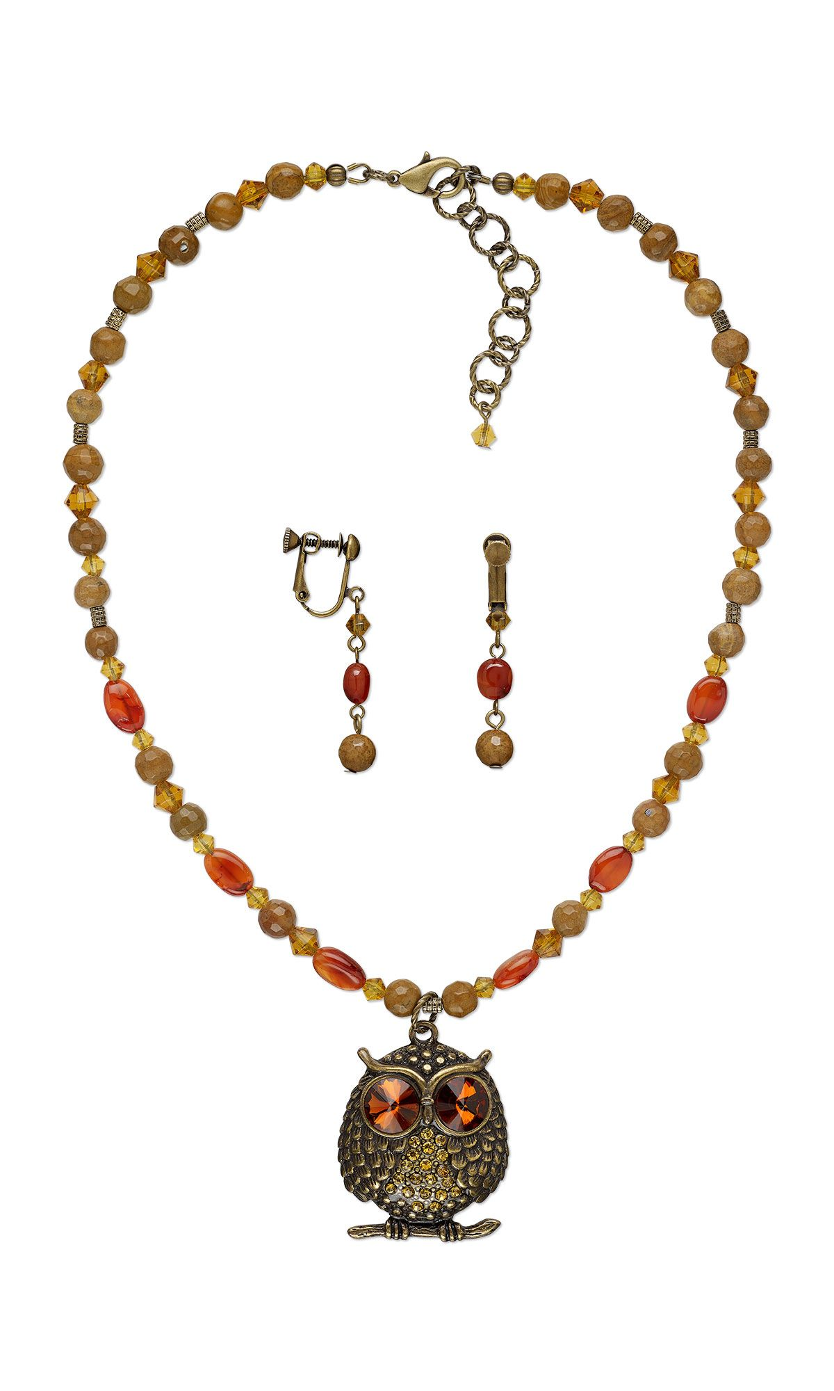 Jewelry design singlestrand necklace and earrings set with