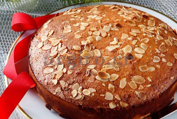 Βασιλόπιτα παραδοσιακή a greek tradition for New year..it's really only a cake with enriched aromas and a coin surprise in it