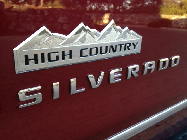 2014 Chevrolet Silverado Highcountry Luxury Pickup Truck