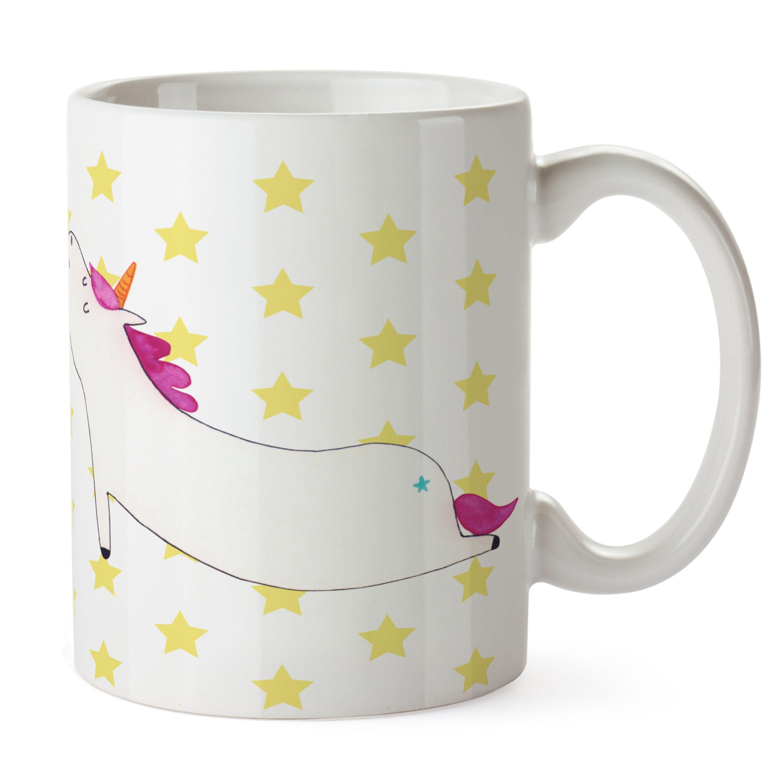 Tasse Einhorn Yoga aus Keramik  Weiß - Das Original von Mr. & Mrs. Panda.  Eine wunderschöne spülmaschinenfeste Keramiktasse (bis zu 2000 Waschgänge!!!) aus dem Hause Mr. & Mrs. Panda, liebevoll verziert mit handentworfenen Sprüchen, Motiven und Zeichnungen. Unsere Tassen sind immer ein besonders liebevolles und einzigartiges Geschenk. Jede Tasse wird von Mrs. Panda entworfen und in liebevoller Arbeit in unserer Manufaktur in Norddeutschland gefertigt.     Über unser Motiv Einhorn Yoga  Das…