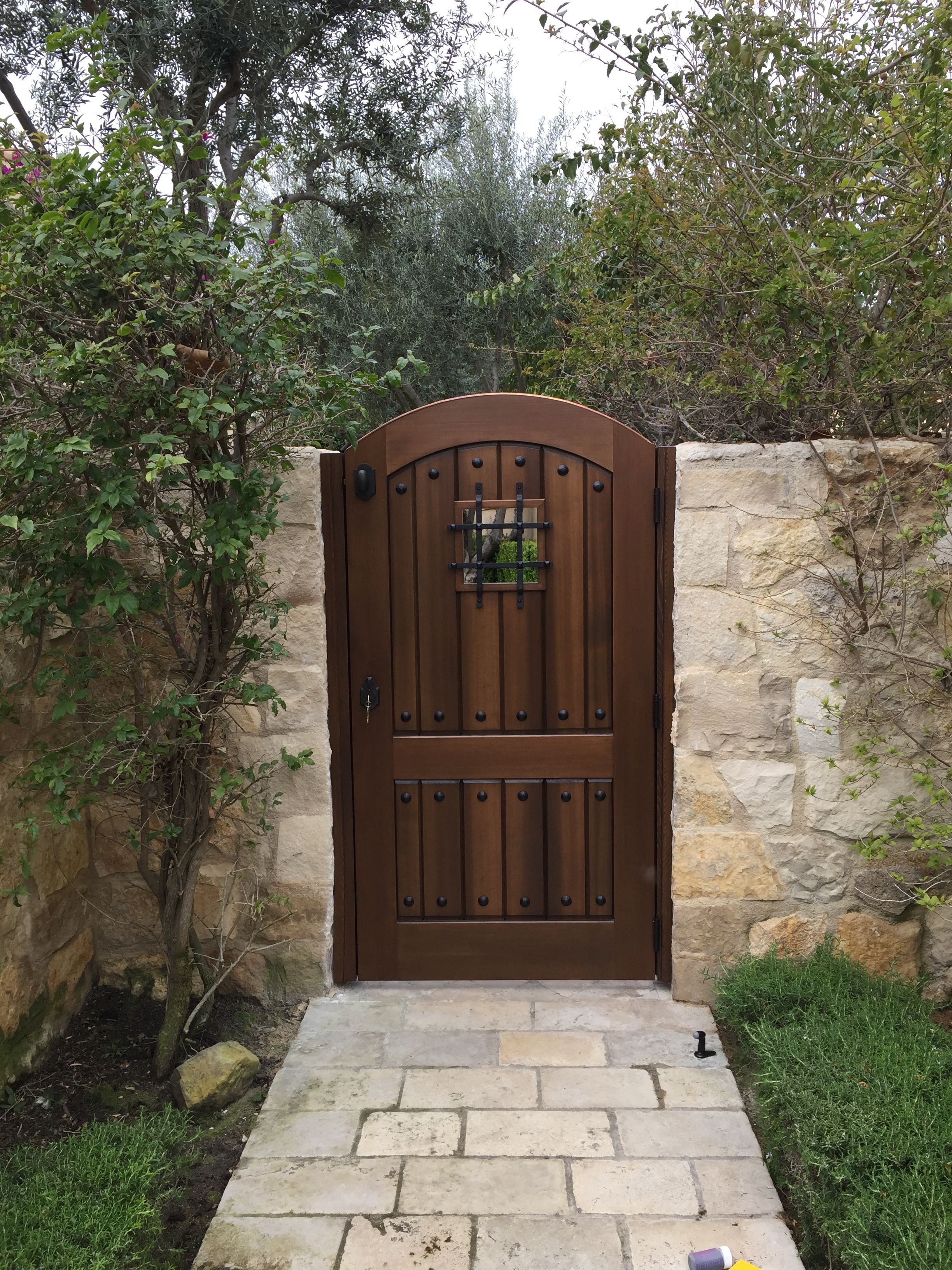 Custom Wood Gate By Garden Passages Tuscan Style Entry