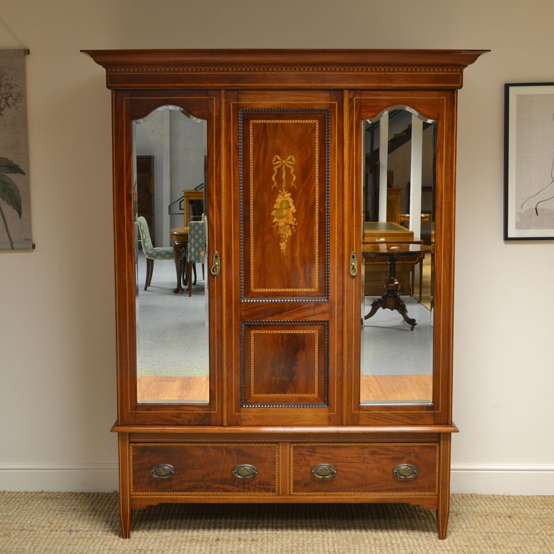 Best Quality Victorian Mahogany Inlaid Antique Double Wardrobe Antique Furniture For Sale Antique 400 x 300