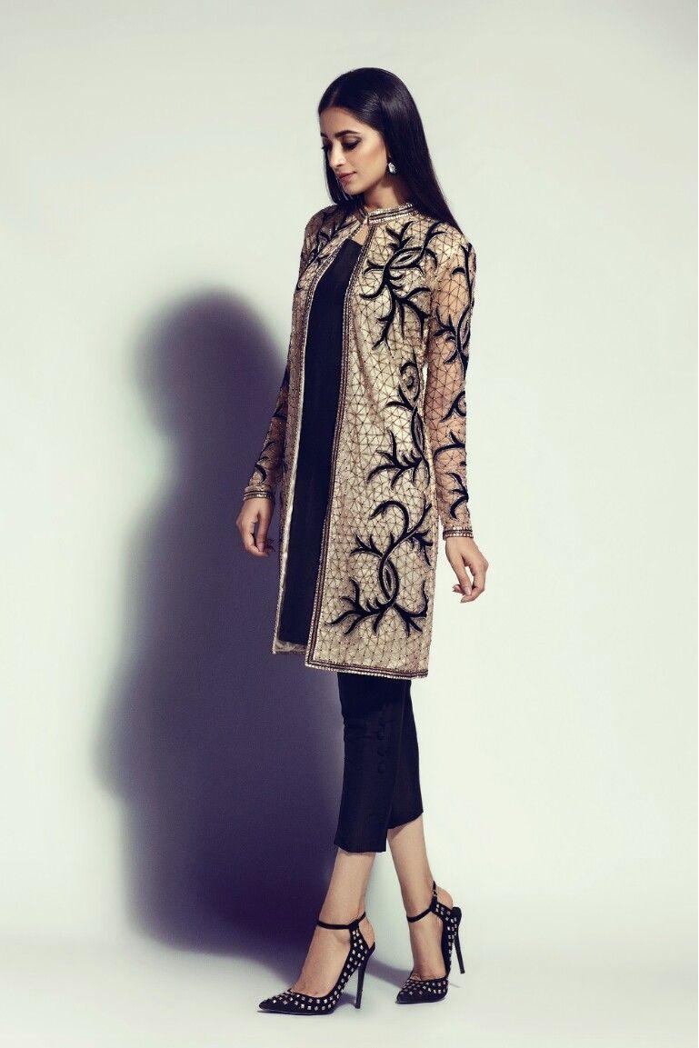 Stunner | ropa hindú | Pinterest | Ropa hindu, Moda coreana y Conjuntos