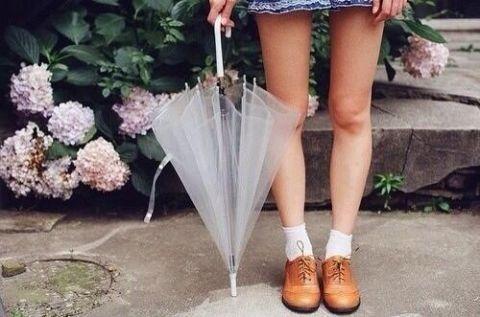 湿気に負けない!雨の日でもキレイな髪をキープする方法♡ | GIRLY