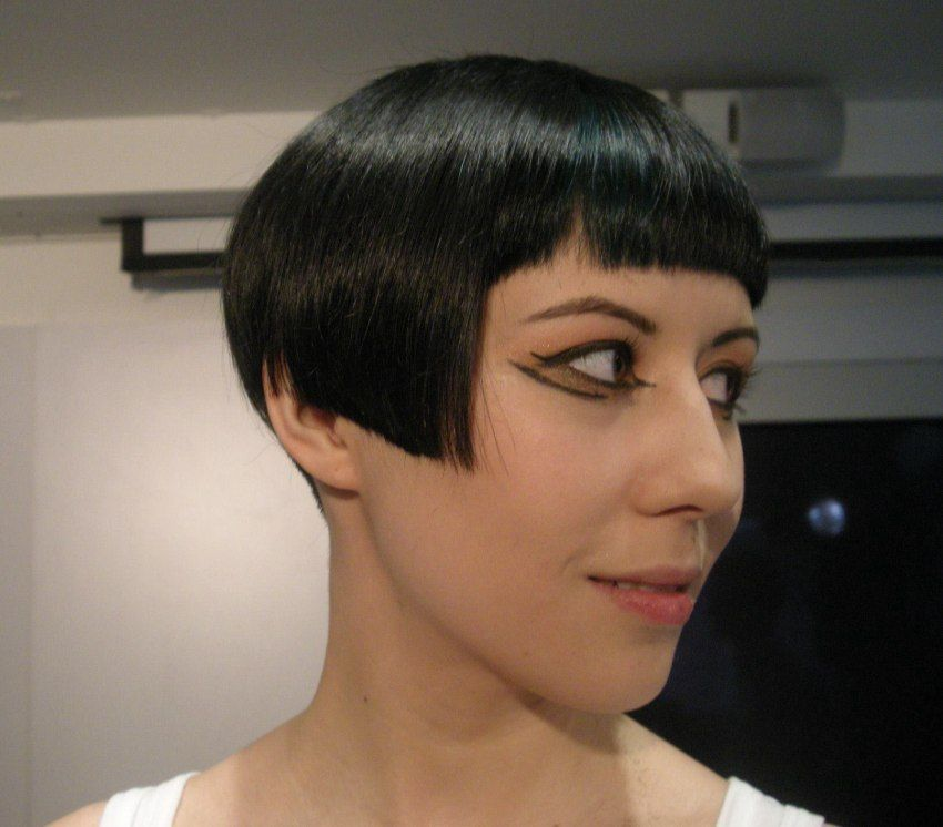 Pin On Bob Haircut Worshiping Pages