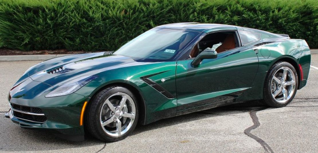 Green Paint On A 2017 Gm Corvette