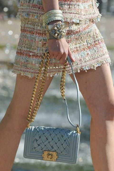 chanel amazingness #mirabellabeauty #skirt #chanel