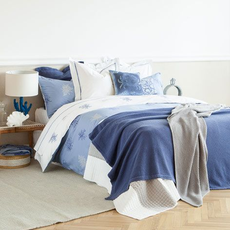 linge de lit r versible imprim corail linge de lit lit zara home france blue. Black Bedroom Furniture Sets. Home Design Ideas