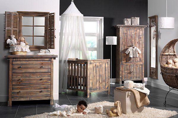 Chambre bébé fille en bois Chambre garçon Pinterest Bedrooms - peindre un lit en bois