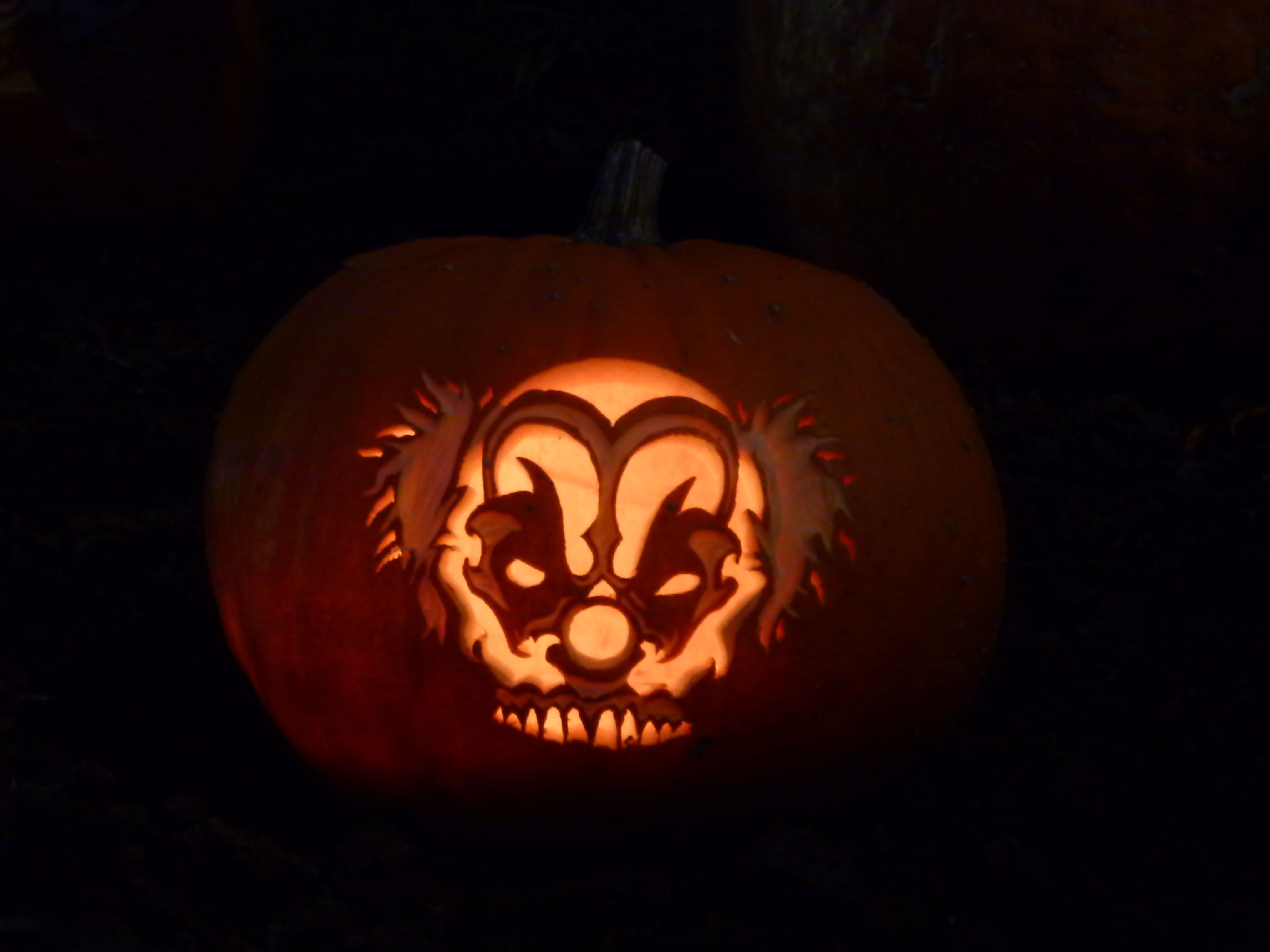 halloween pumpkins 2011 evil clown skull pattern by