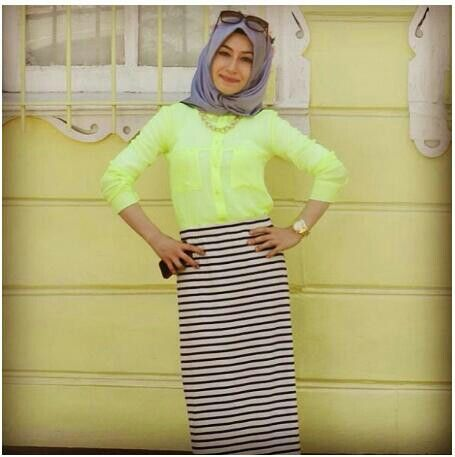 black n white striped maxi skirt #Hijab | Hijab style | Pinterest ...
