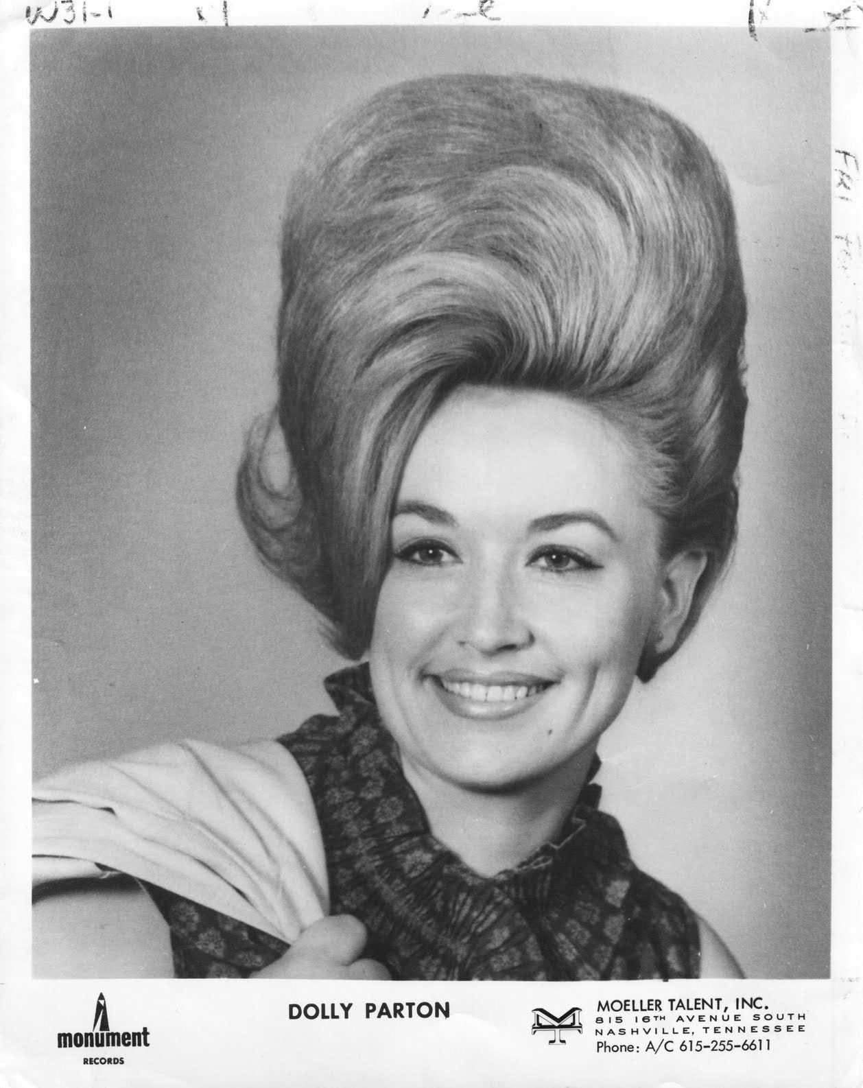 Dolly Parton- BIG hair of the 60's!! | Swingin' Sixties ...