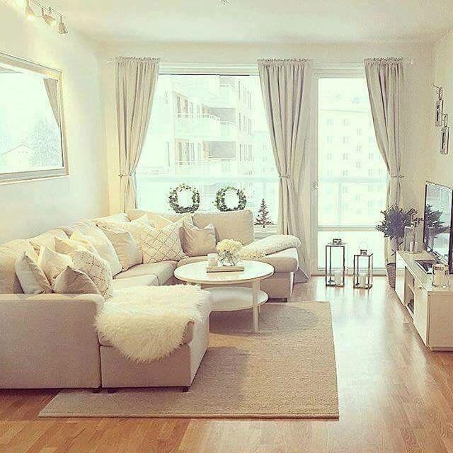 livingroom. Upliked by LauraMoreno98 | Decor salon maison, Déco maison, Décoration salon séjour