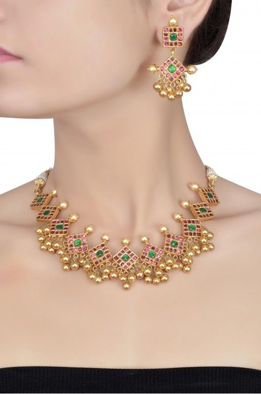 Amrapali jewellery necklace set online multi city for Indische regale