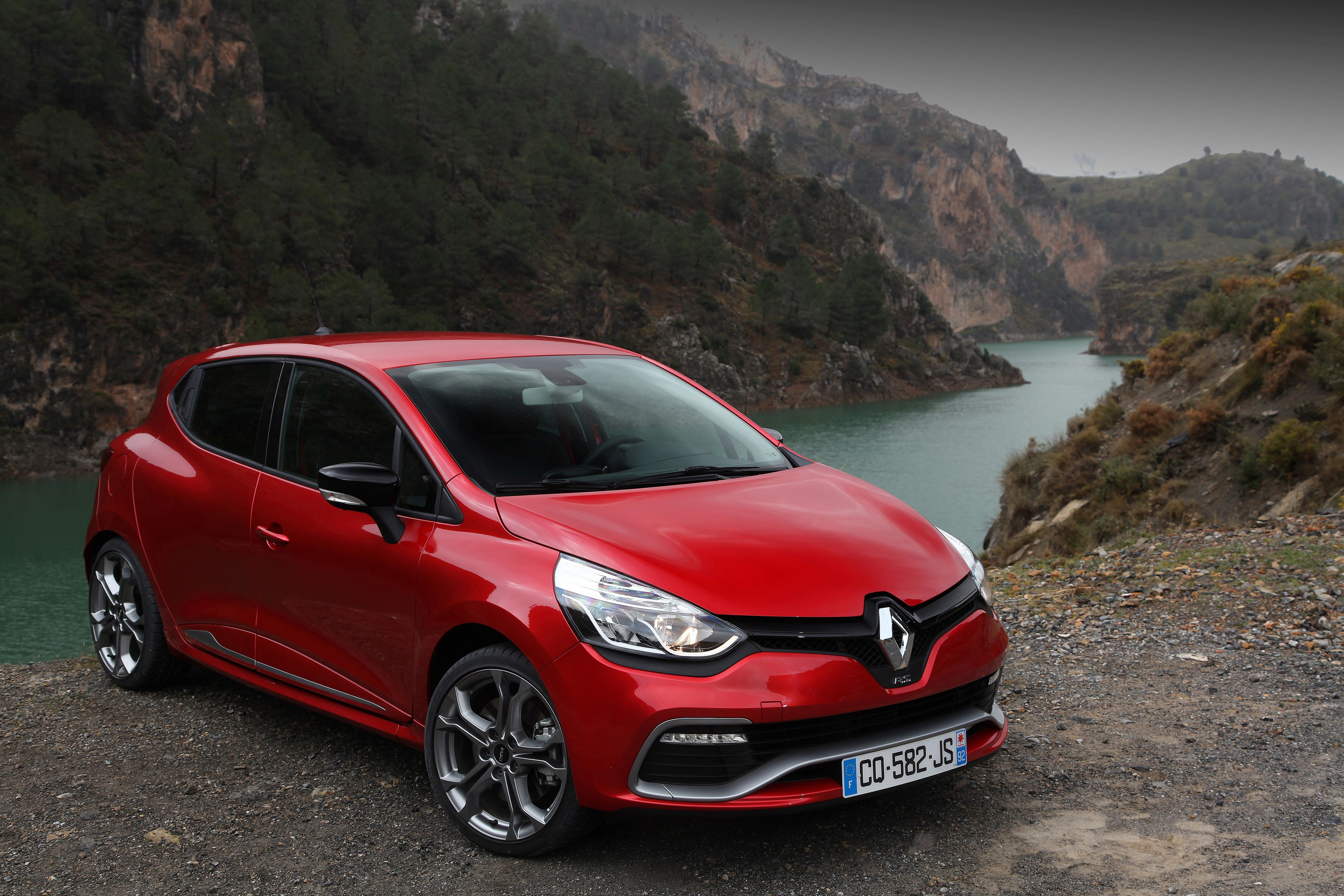 Buyers guide info building my 2014 renaultsport clio 200 edc lux