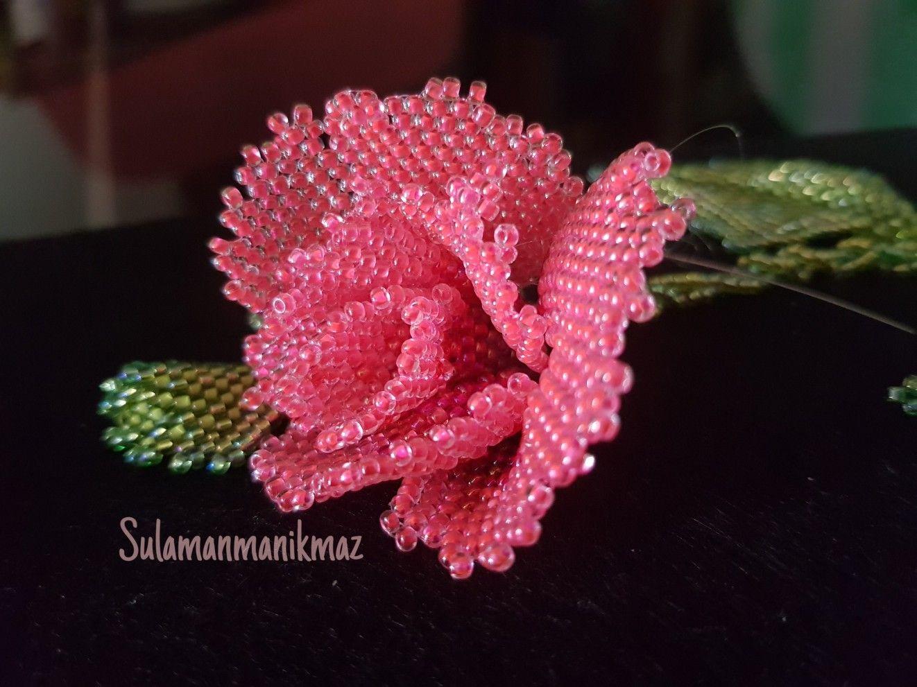 Beaded Flower Bunga Mawar Merah Yang Sentiasa Jadi Pilihan Beading Projects Crochet Earrings Beaded