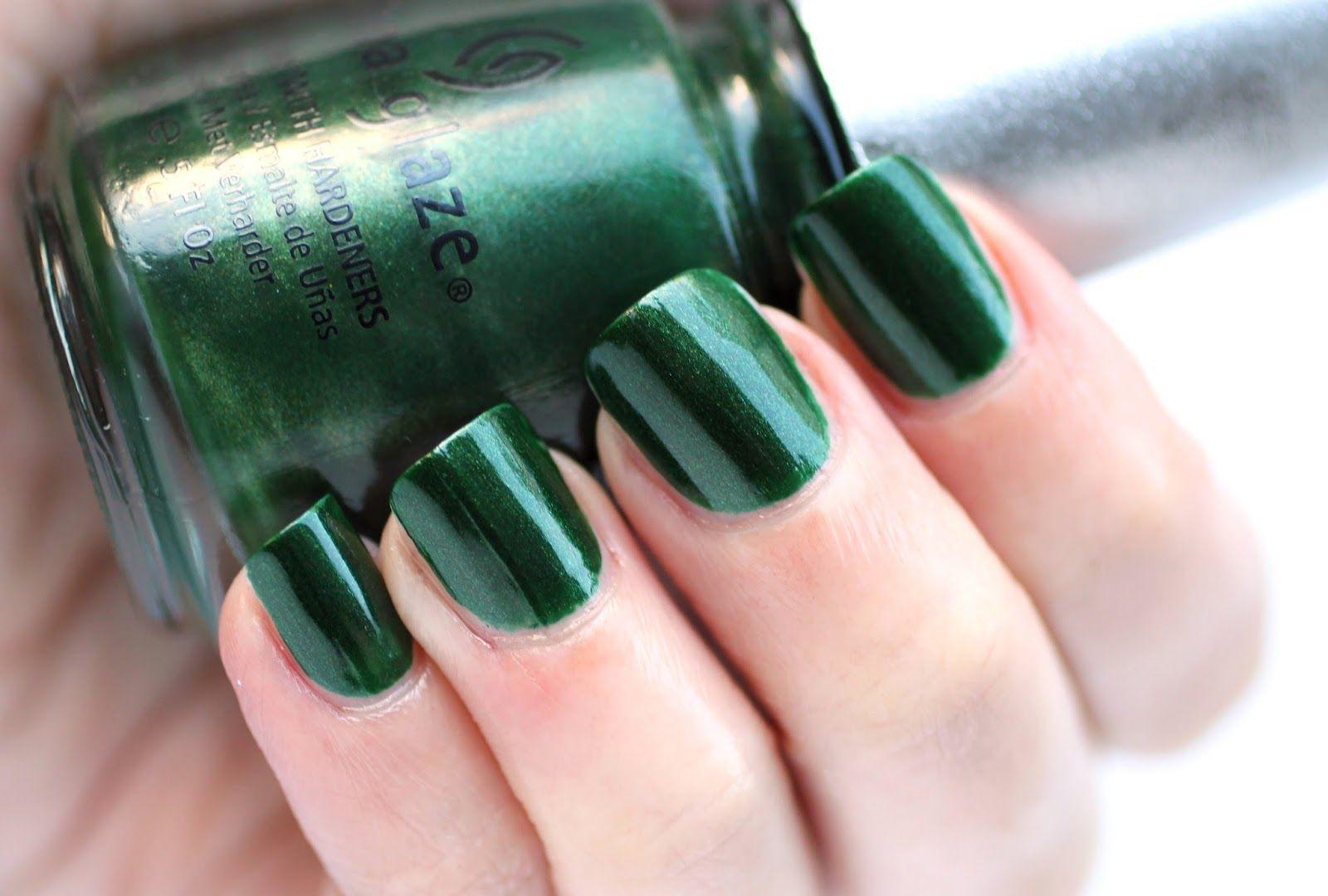 Dark Green Nails by DoBeauting! | verde | Pinterest | Dark green ...