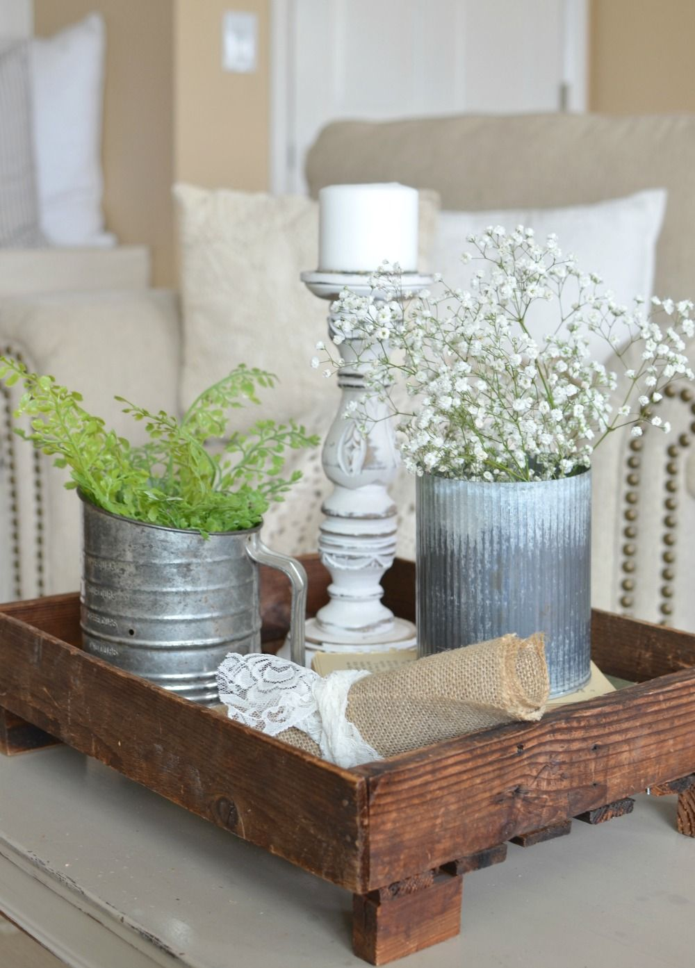 5 Quick Tips For A Farmhouse Style Vignette Home Decor