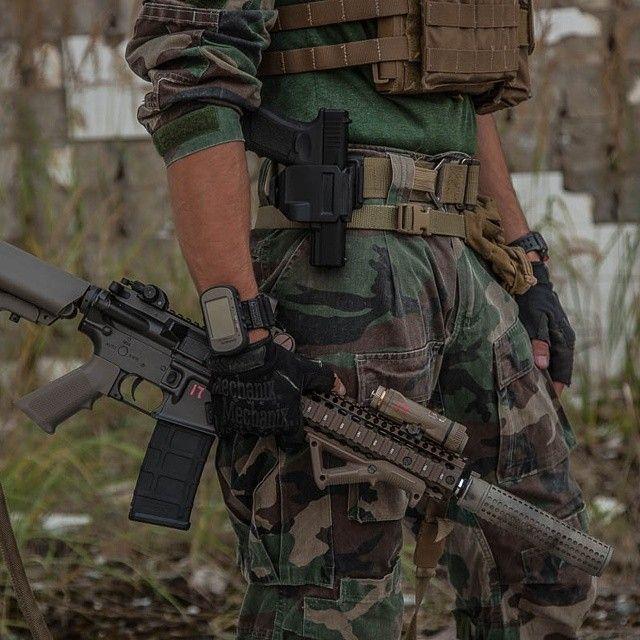 So much sex in one frame! Oorah! #usmc #marines #marsoc #airsoft #milsim #drifire #woodland #coyotebrown #jpc #garmin #glock19 #crye #cryegunclip #mk18 #mod1 #kacsilencer #mechanix #magpul #msotparabellum #