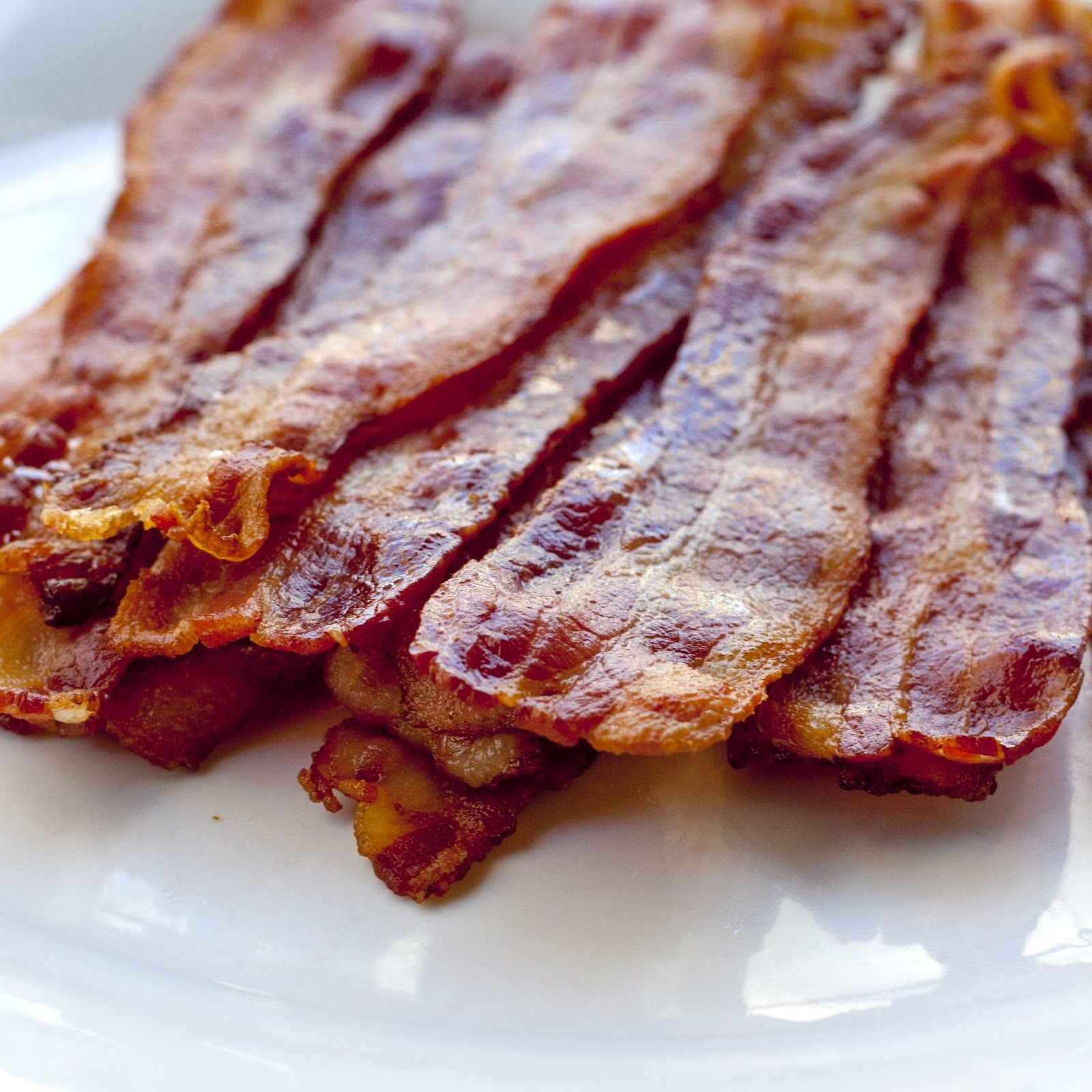 Improv Kitchen Tip How To Cook Bacon The Easy Way