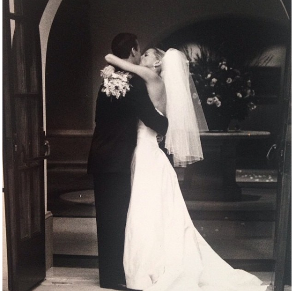 Vera Wang Wedding Style In 10 Iconic Gowns