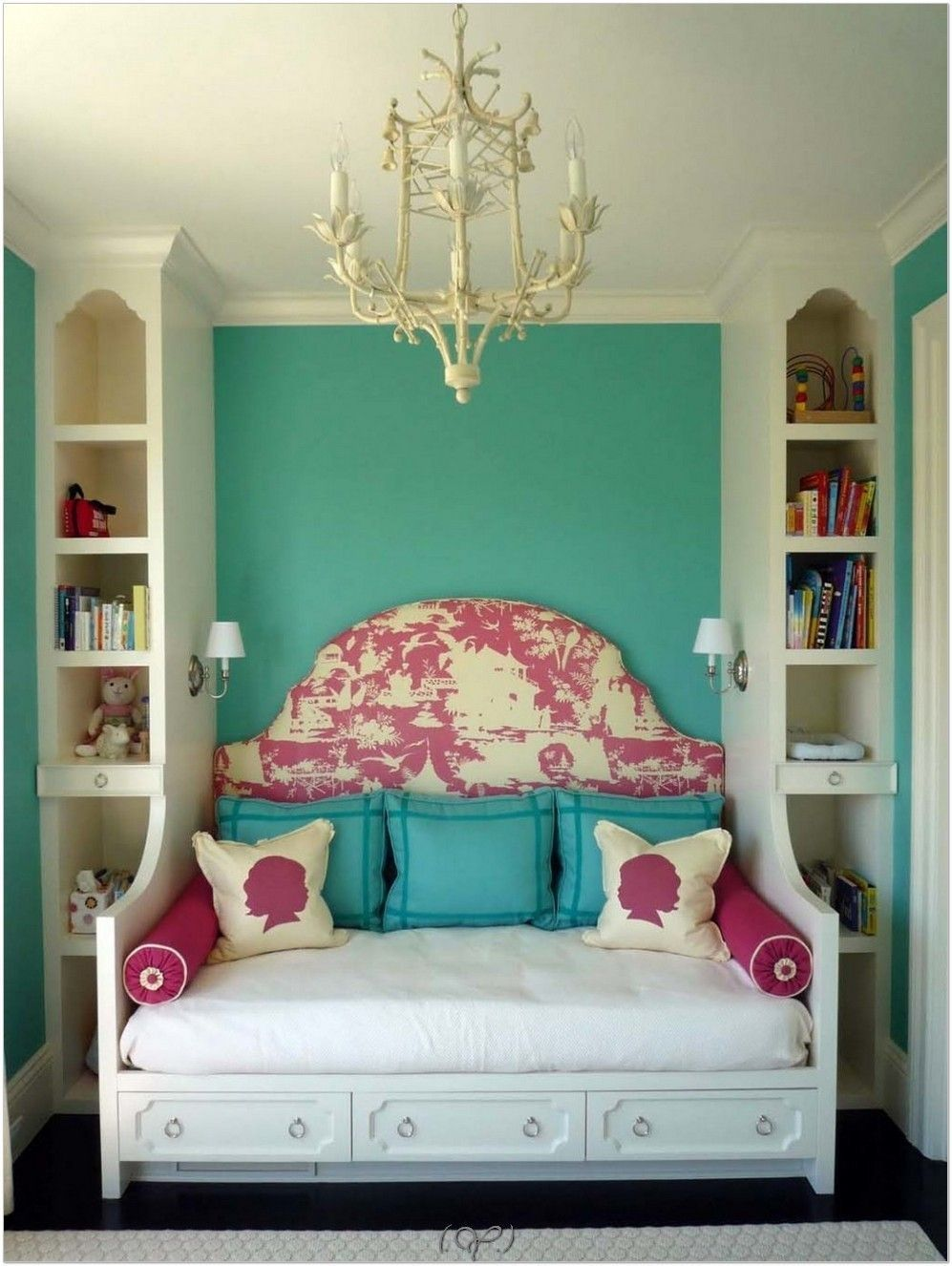 Awesome 46 Small Bedroom Ideas for Space