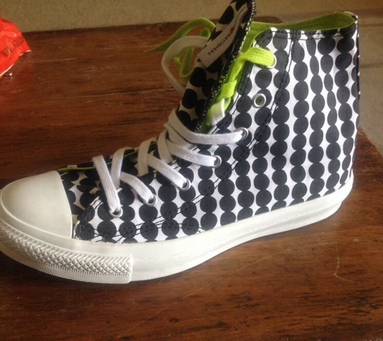 cb0756580afe9e WOMENS BLACK   WHITE POLKA DOT HIGH TOP Marimekko CONVERSE SIZE 7 ...