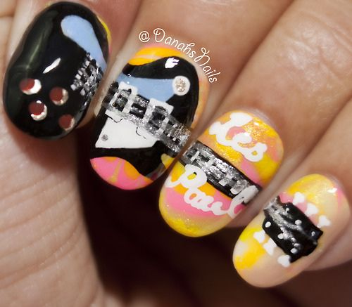 Les Paul Guitar Nails