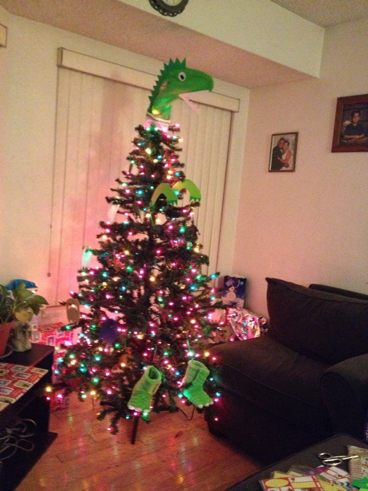 dinosaur christmas tree