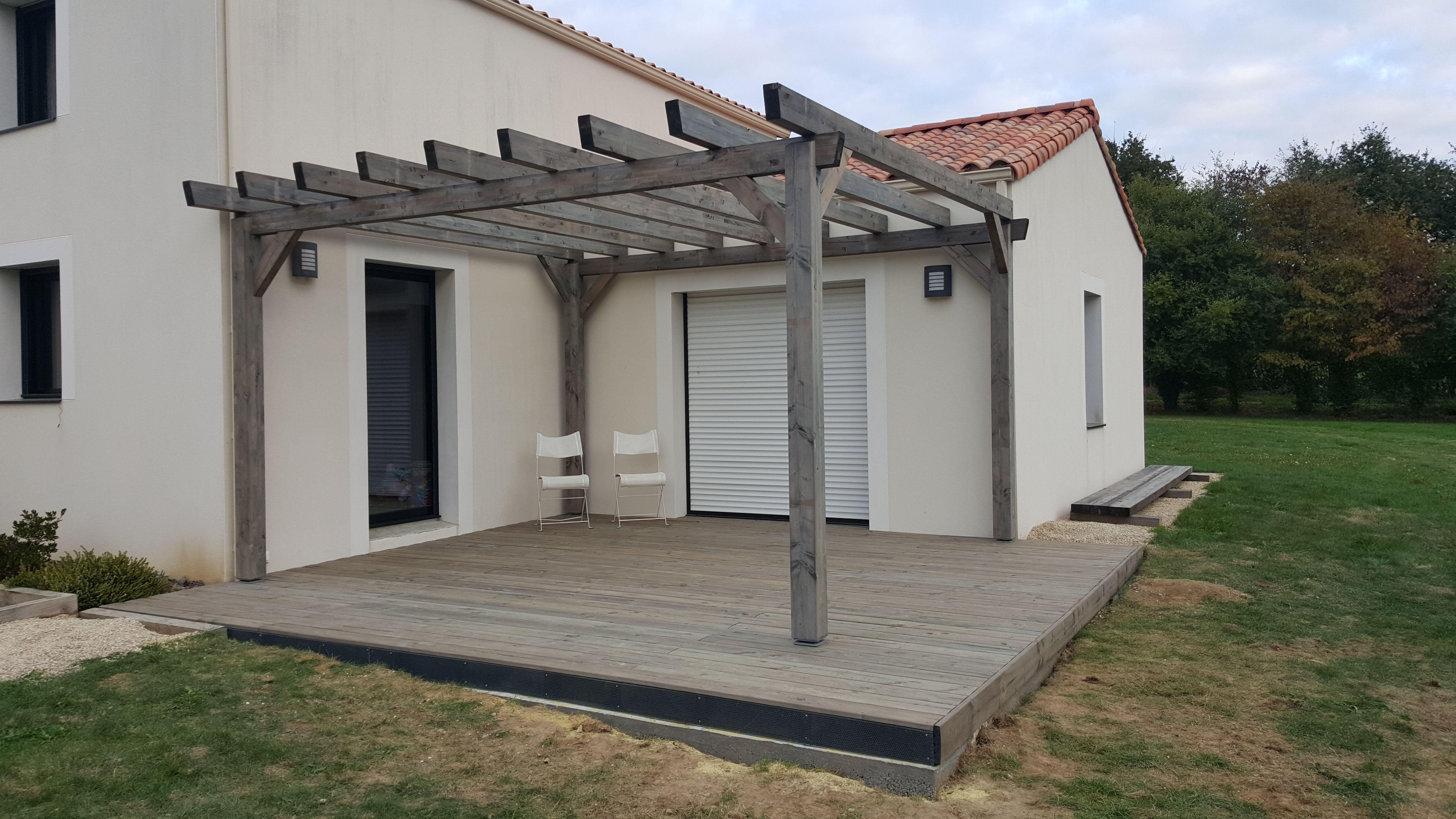 superbe r alisation bois d 39 une terrasse catalina ainsi qu 39 une jolie pergola albizia. Black Bedroom Furniture Sets. Home Design Ideas