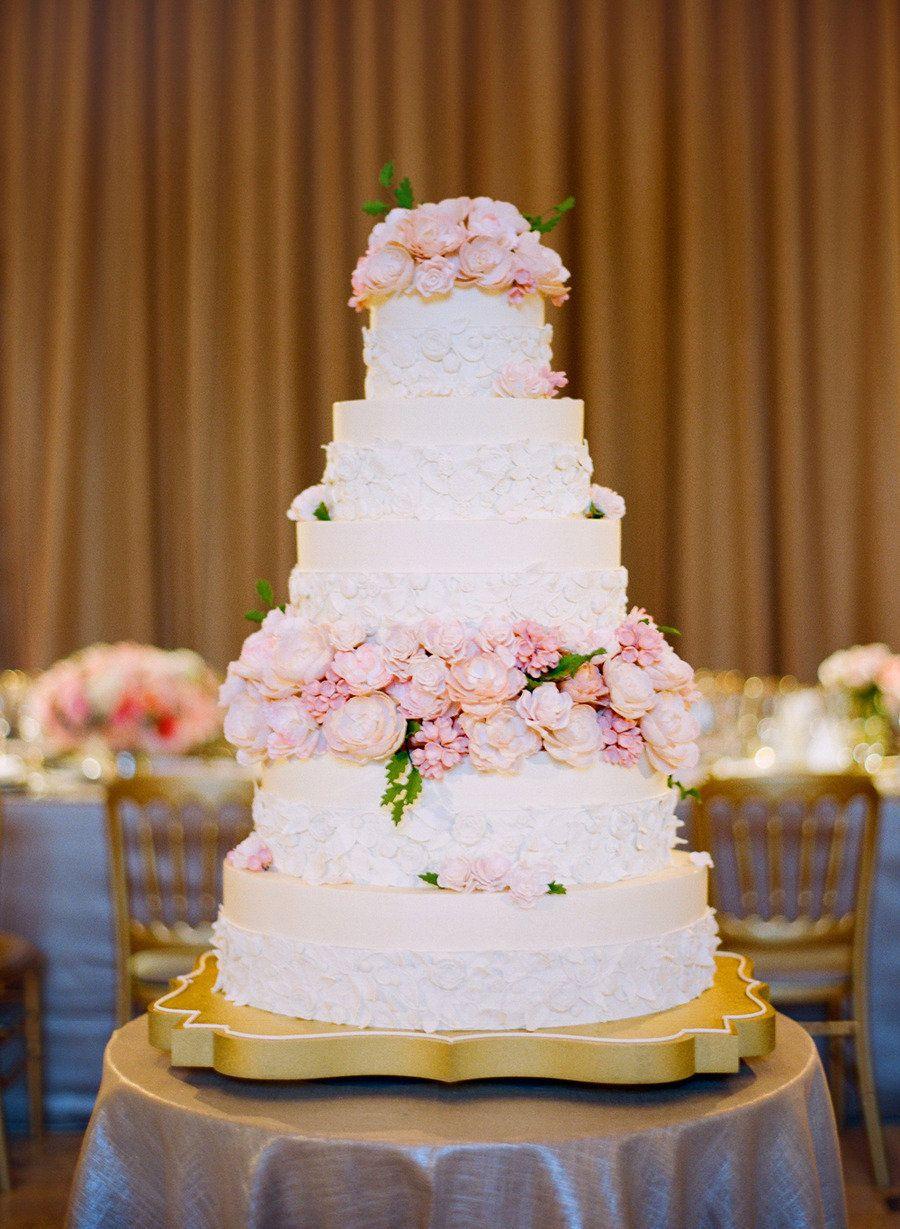 Wedding accessory moments round up pinterest white wedding cakes