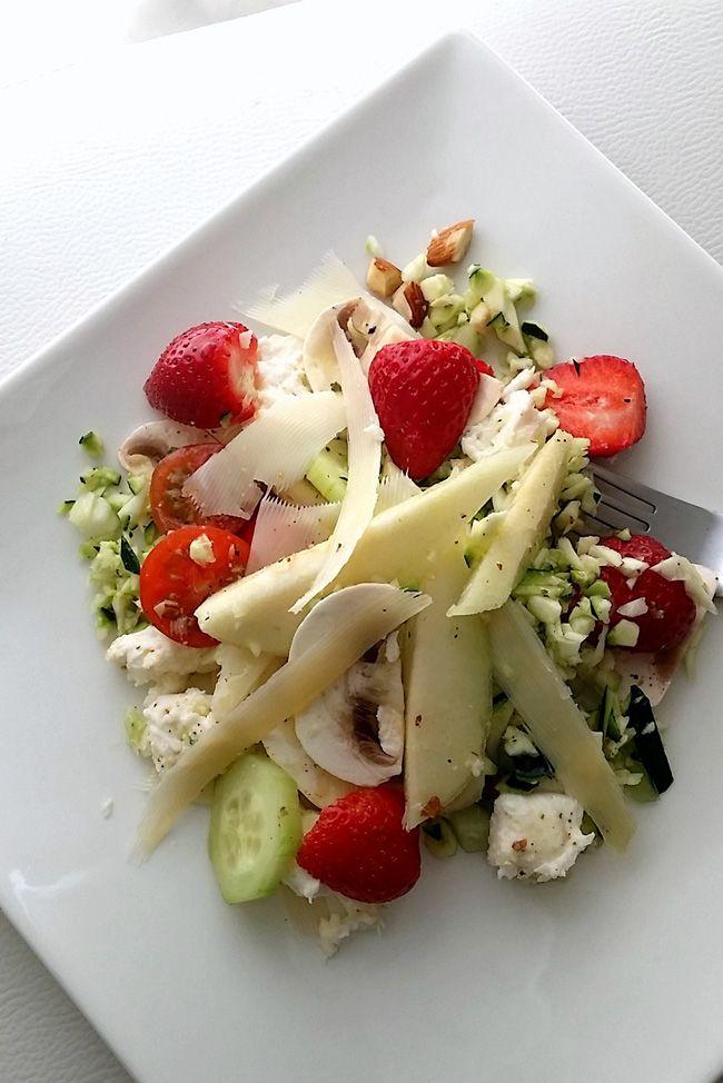 Ensalada de frutas verduras y quesos 2.