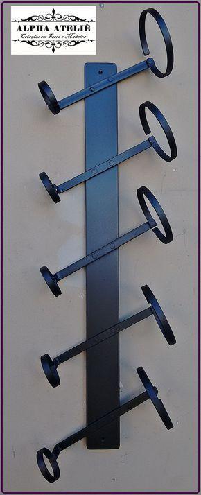 Adega de parede fabricado em barra de ferro 3 mm e pintado
