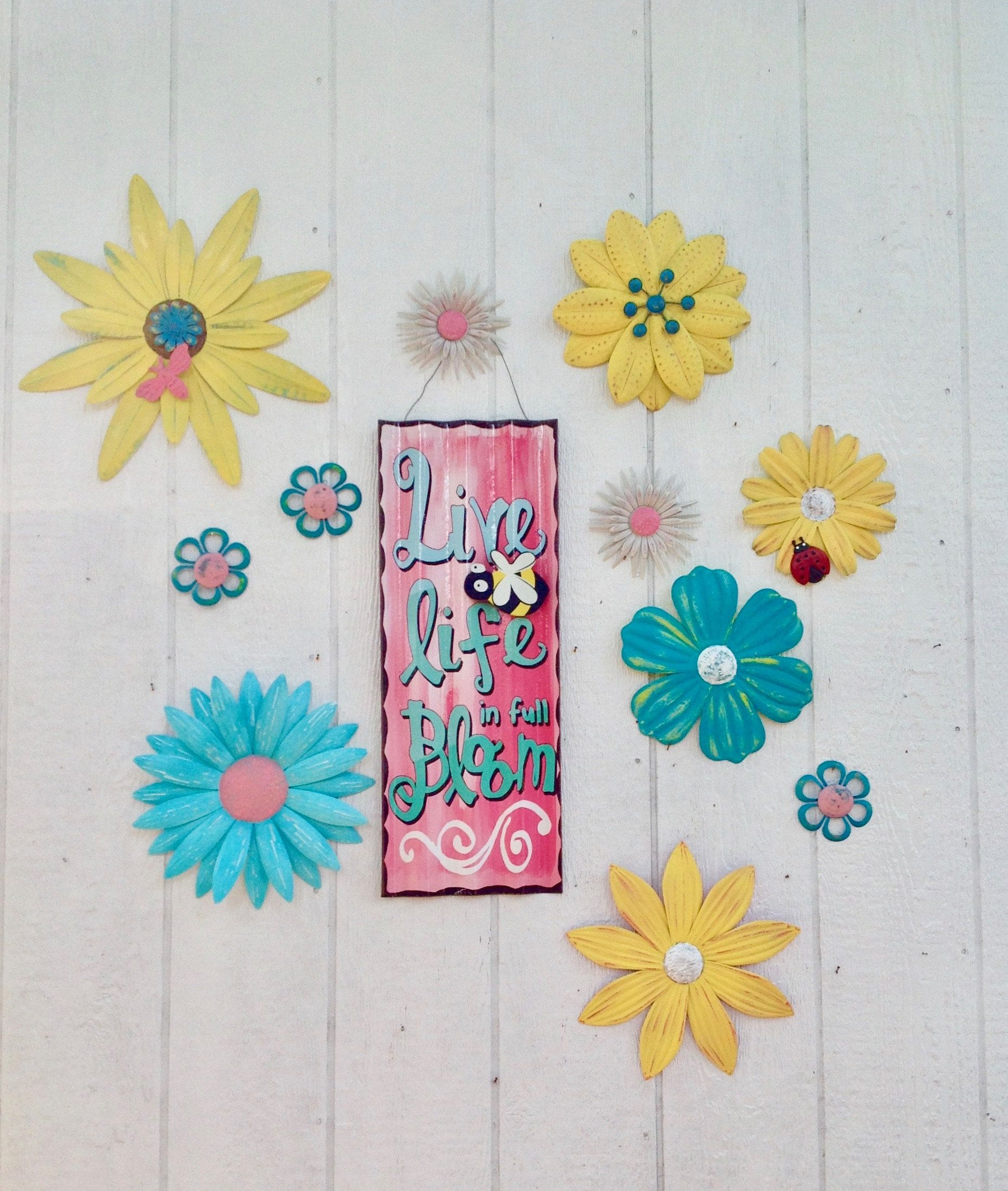 Metal Flower Sign Fence Art Live Life In Full Bloom 12 Pc Yellow Turquoise Metal Yard Art With A Bee Patio Wall Metal Flowers Metal Yard Art Fence Art