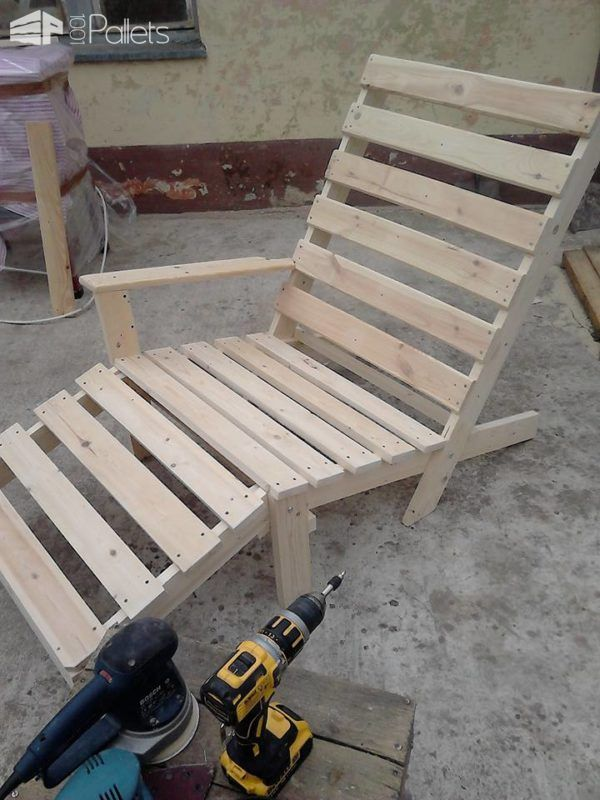 Relaxing Outdoor Pallet Chaise Lounge Chair Palets Diy Pinterest