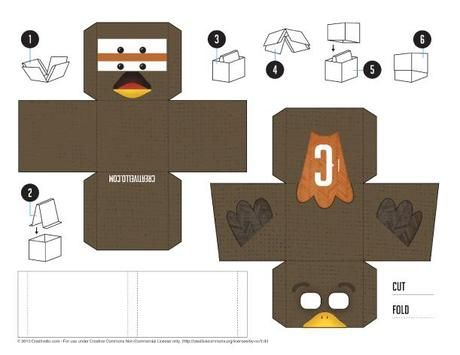 Blog_Paper_Toy_Paper_Desk_Toys_Creativello_turkey_template_preview
