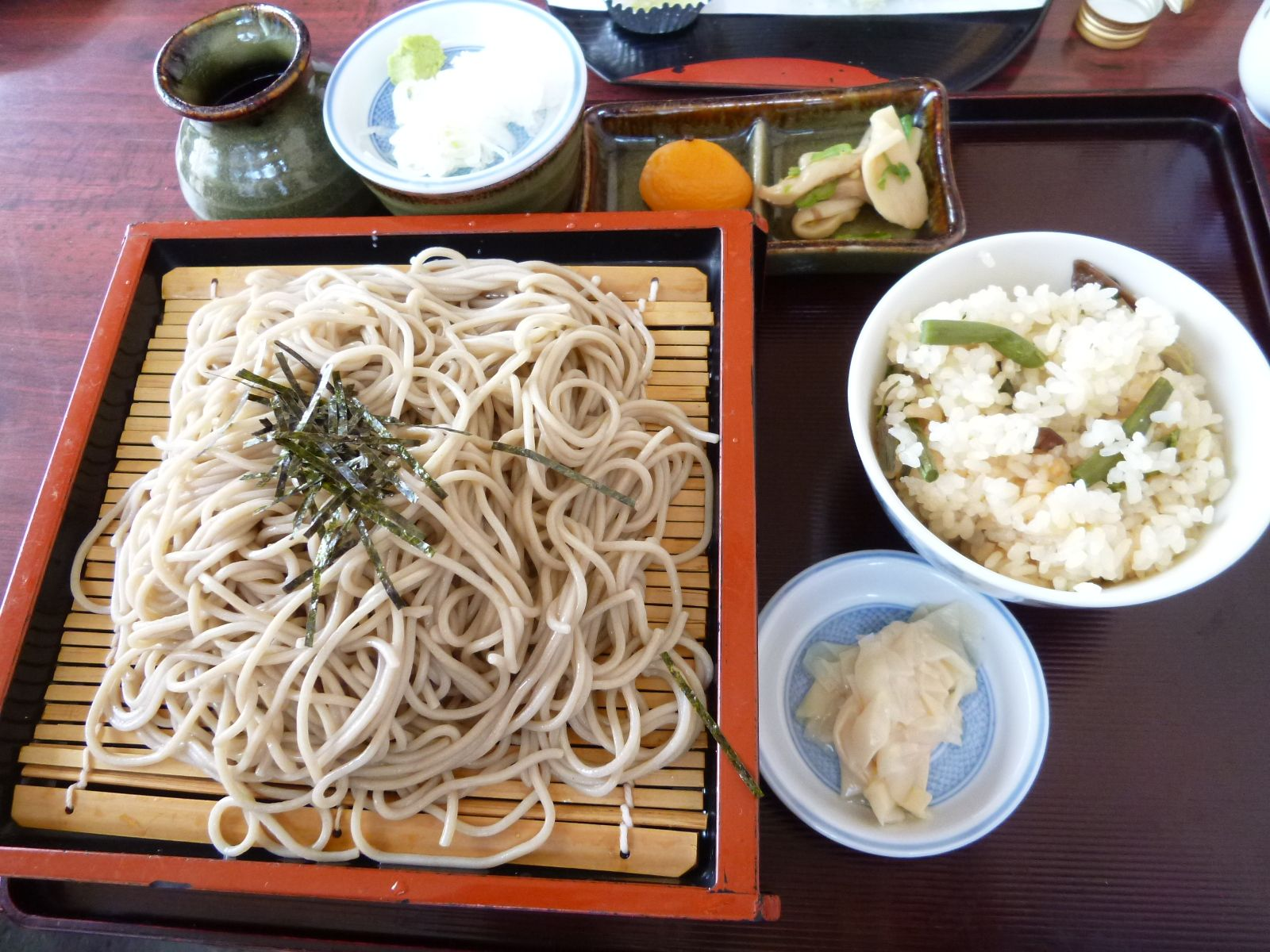 "Pranzo, ""Wakasarechaya"" (Soba Osteria), Kitakaruizawa Gunma Japan (Maggio)"
