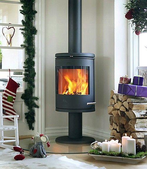 Best Heater For Bedroom: Morso 6148 Wood Heater 4