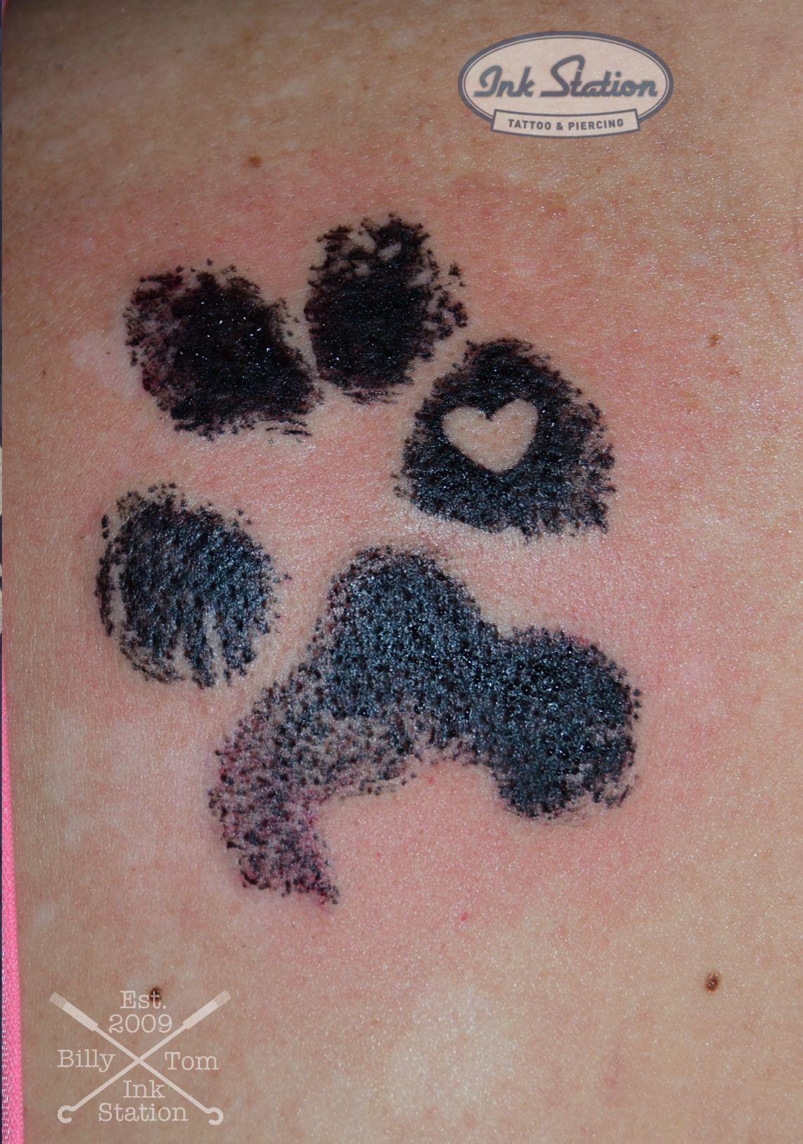 Dog Paw Heart Minimalistische
