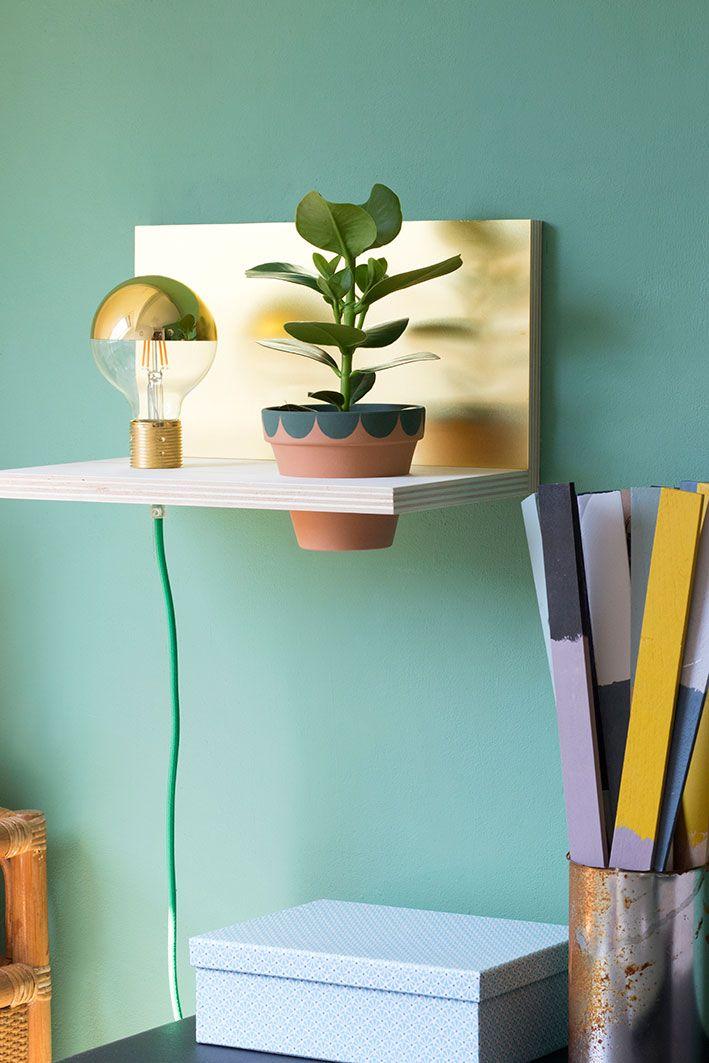 Wandplank Met Lamp.Diy Zwevende Wandplank Met Lamp Plantje Projet Diy